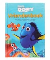 Vriendenboek finding dory pixar