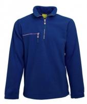 Warme kobaltblauw gekleurde fleece trui
