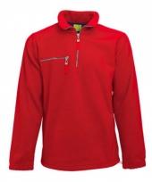 Warme rood gekleurde fleece trui