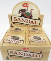Wierook kegels met sandelhout geur