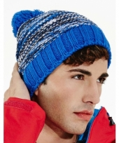 Winter muts met pompon voor volwassenen blauw