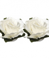 Witte bloemetjes van papier 1 5 cm
