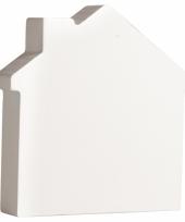 Witte houten huisje