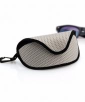 Zachte brillenkoker grijs