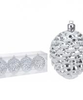 Zilveren dennenappels kerstballen