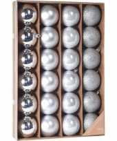 Zilveren kerstboomballen set 24 stuks 6 cm