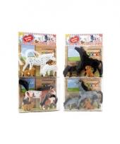 Zwart paarden speelsetje met veulen en hond