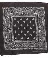 Zwart sjaaltje met paisley motief 55 x 55 cm