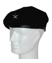 Zwarte baret met ster embleem