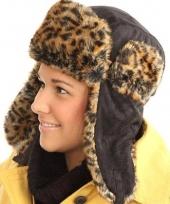 Zwarte bontmuts luipaard print