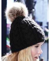 Zwarte warme gebreide skimuts met pompon voor dames